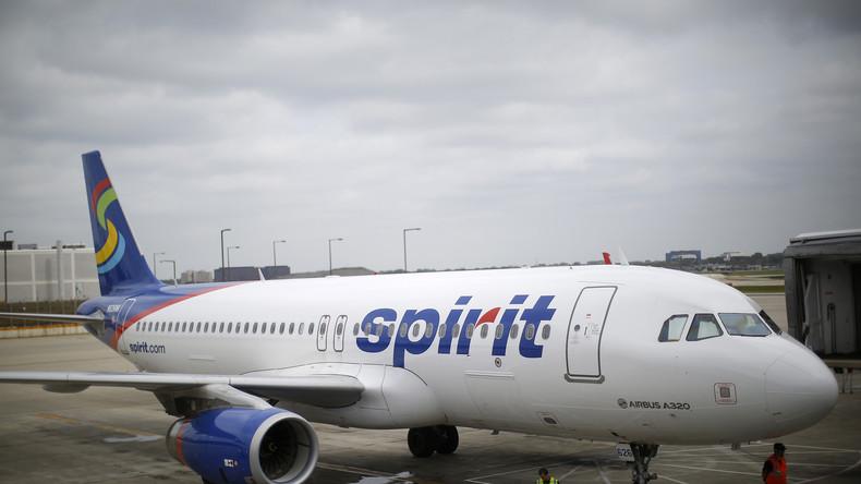 Wegen gestrichener Flüge: Passagiere prügeln sich an US-Flughafen