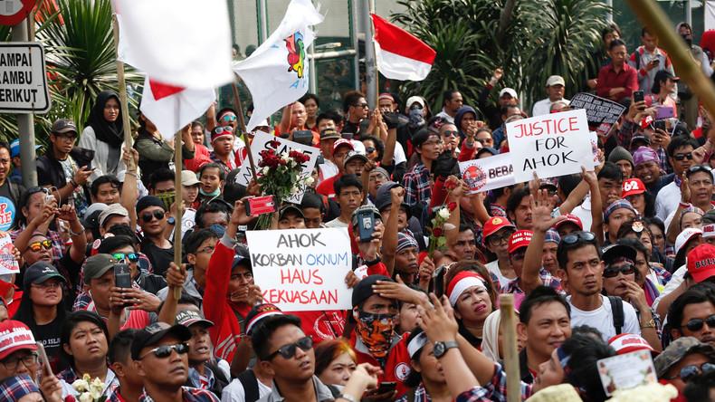 Indonesien: Proteste in Jakarta nach Haftstrafe für Ex-Gouverneur wegen Koran-Beleidigung