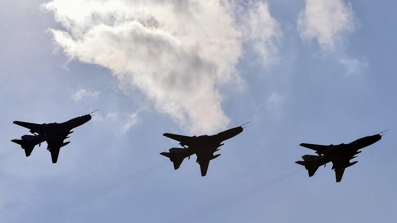 Polnische Angriffsflugzeuge kommen zu Übungen in Estland an