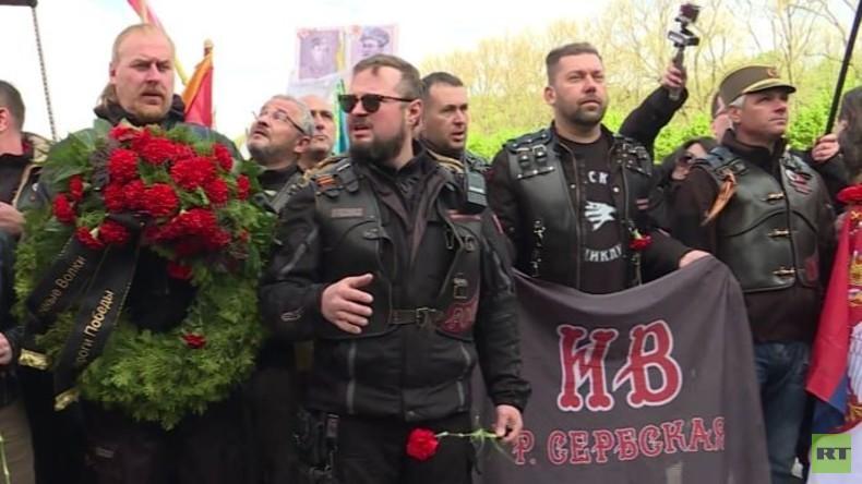 Exklusiv: Der Tag des Sieges mit den Nachtwölfen in Berlin