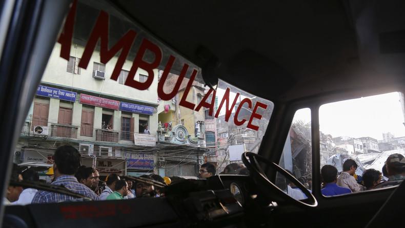 Indien: Wandeinsturz während Hochzeit – mindestens 26 Tote
