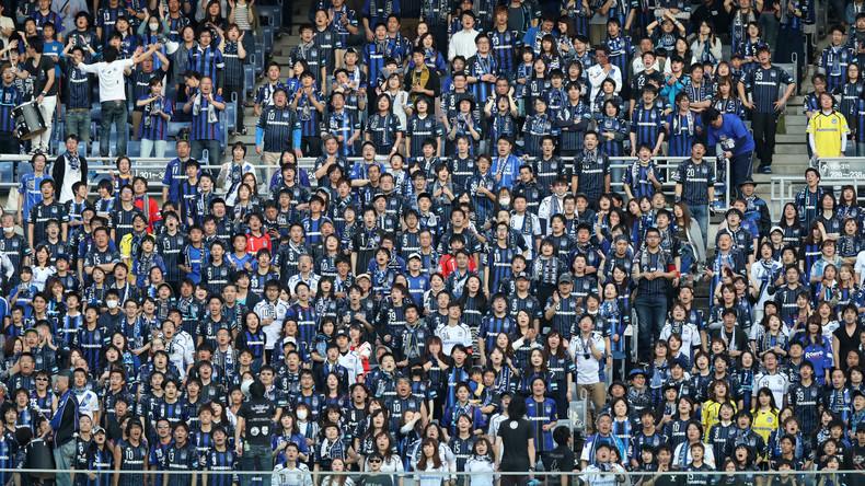 Japanischer Fußballclub wegen Nazi-Fanbanner bestraft