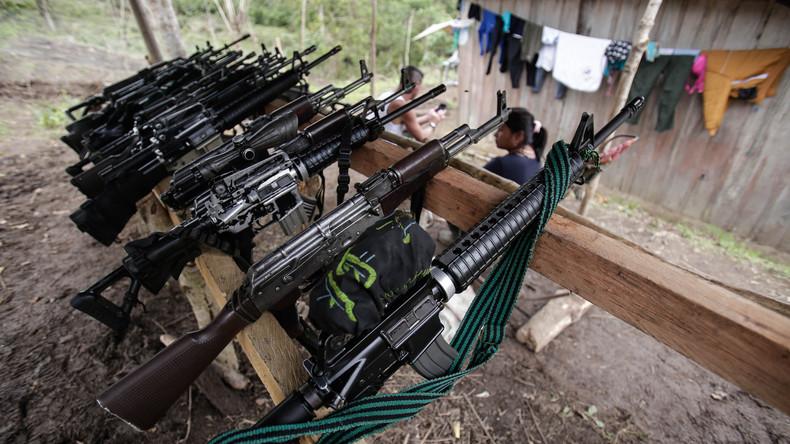Erste FARC-Rebellen legen offiziell ihre Waffen nieder