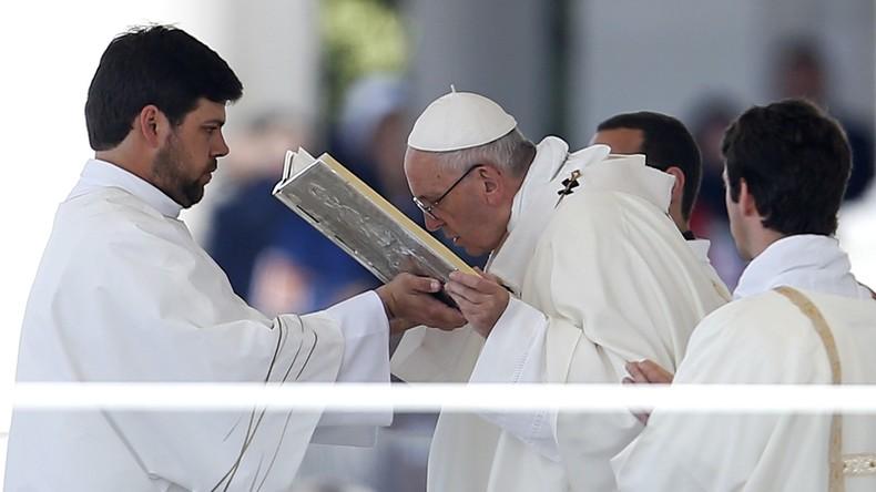 Papst Franziskus spricht Hirtenkinder von Fátima heilig