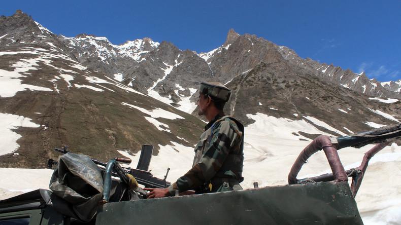 Indien evakuiert rund 1.000 Einwohner in Kaschmir nach Beschuss aus Pakistan