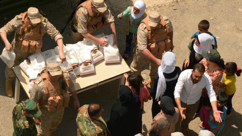 Russische Militärs verteilen unter Syrern knapp fünf Tonnen Hilfsgüter
