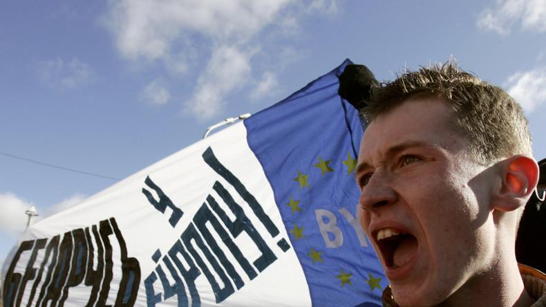 Reformen nach US-Lehrbuch: USAID plant Demokratielehrstunden für weißrussische Aktivisten