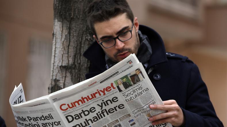 """Online-Chefredakteur von """"Cumhuriyet"""" in Türkei verhaftet"""