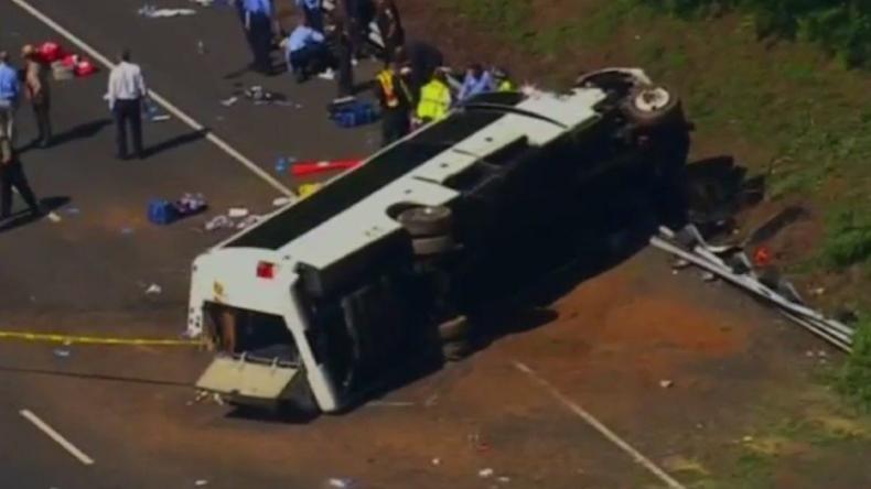 Bus mit 26 Kindern in den USA verunglückt