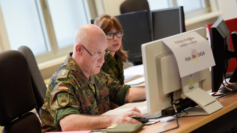 Kleiner Bruder ganz groß: Die Bundeswehr cybert hinterher