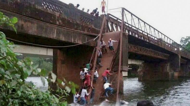 Brücke in Indien stürzt ein - zwei Tote und viele Vermisste