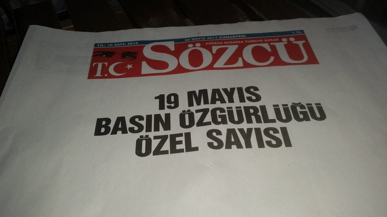 Presse in der Türkei: Türkische Zeitung erscheint aus Protest mit leeren Seiten