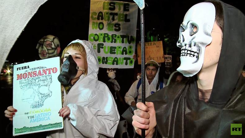 """""""Argentinien ohne Landwirtschaftsgifte"""" - Hunderte protestieren in Buenos-Aires gegen Monsanto"""