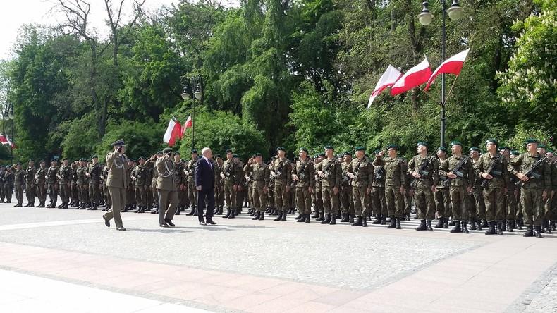 Polen vereidigt erste Mitglieder neuer Freiwilligenmiliz