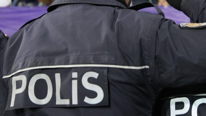 Zwei Festnahmen bei Razzia gegen Akademiker im Hungerstreik in Ankara