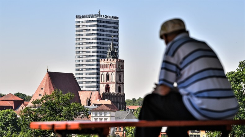Deutschland unterschiedlich alt: Kluft zwischen Ost und West beträgt bis zu zehn Jahren