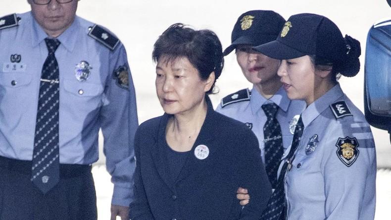 Südkoreas Ex-Präsidentin widerspricht allen Anschuldigungen vor Gericht
