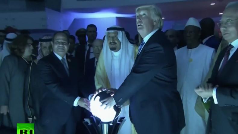 """""""Satanisches Ritual"""": Video von Trump und Saudi-König an Glaskugel löst Netz-Debatte aus"""
