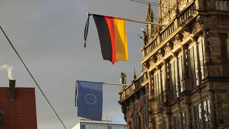 Nach Terror in Manchester Trauerbeflaggung in Deutschland