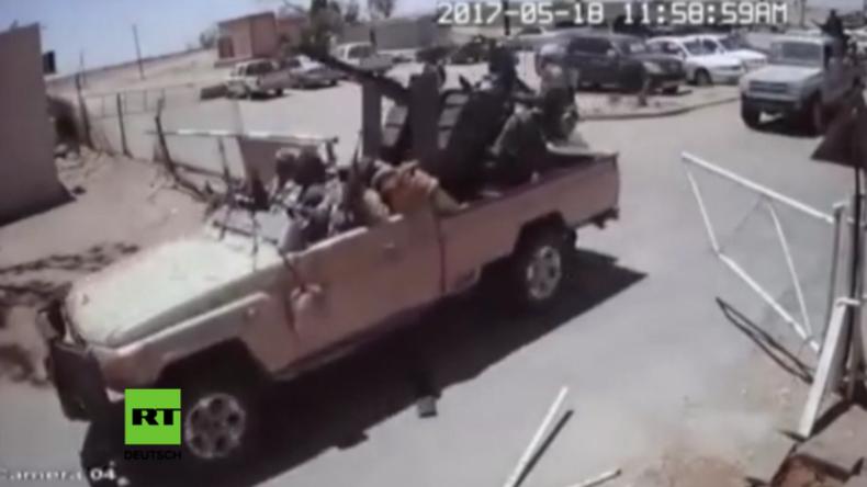 Libyen: Video von bewaffnetem Überfall mit 141 Toten - Verübten pro-westliche Milizen das Massaker?