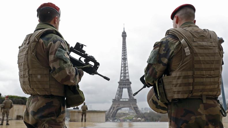 Frankreich verlängert Ausnahmezustand um weitere sechs Monate und verschärft Sicherheitsgesetze