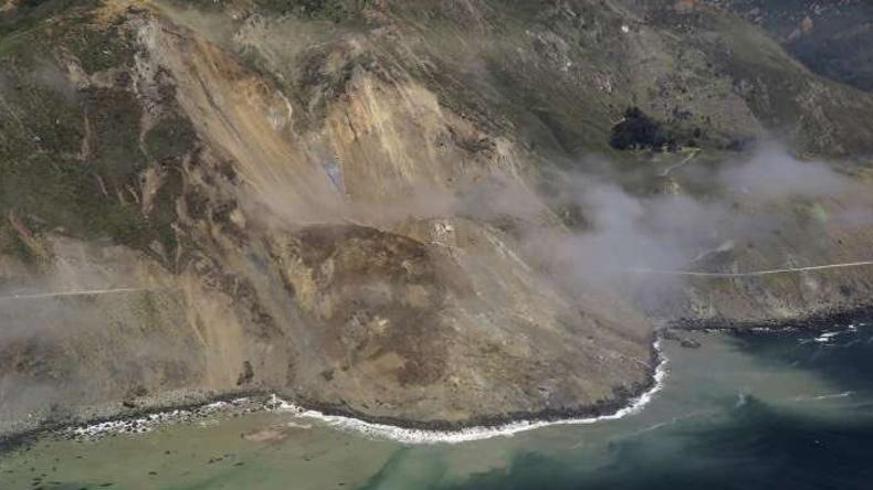 Erdrutsch blockiert Kaliforniens berühmte Küstenstraße