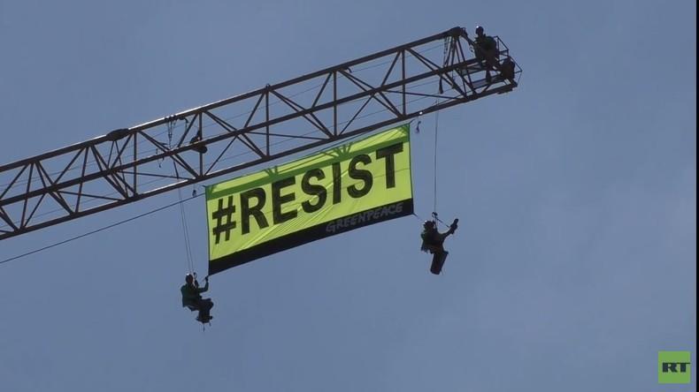 Greenpeace-Aktion unweit der US-Botschaft während der Trump-Visite in Brüssel