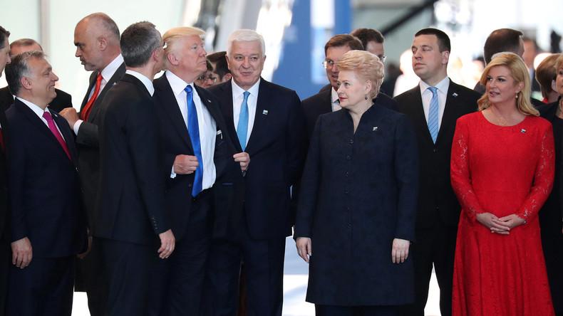 Bahn frei! – Trump räumt Montenegros Premierminister aus dem Weg beim NATO-Gipfel