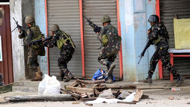 Philippinen: 31 Terroristen getötet, Armee schickt Panzer in Gebiete unter Kriegsrecht