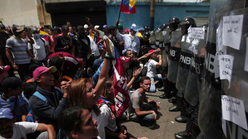 Menschenrechtsorganisation kritisiert Militäreinsätze gegen Demonstranten in Venezuela