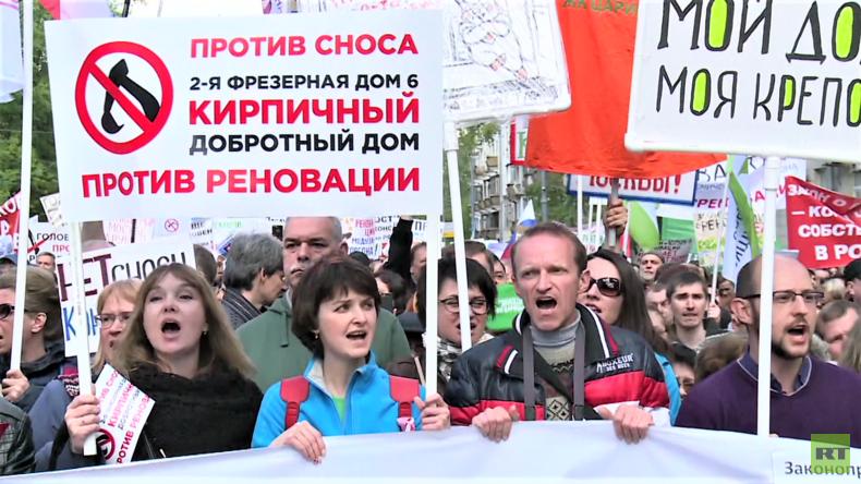 Happening oder politischer Protest? Moskauer protestieren gegen Umsiedlungsmaßnahmen