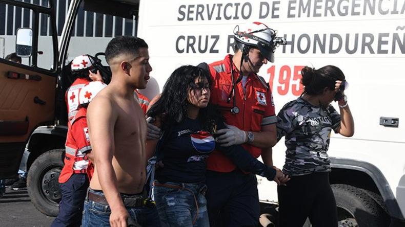 Mindestens fünf Tote bei Massenpanik vor Stadion in Honduras