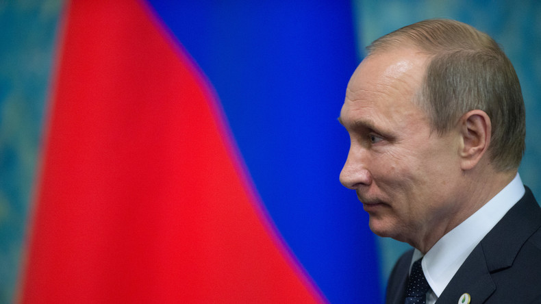 Putin und Macron: Treffen in Versailles zum 300. Jahrestag des Besuchs Zar Peters I. in Frankreich