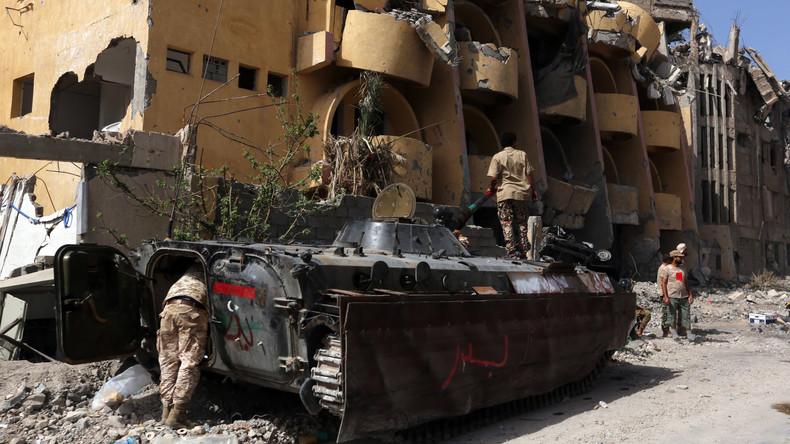 Außenpolitikexperte McAdams: Cameron, Obama und Sarkozy gehören für Taten in Libyen auf Anklagebank