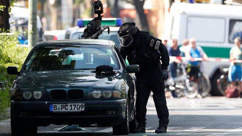 Falscher Bombenalarm in Berlin - Verdächtiges Objekt ist USB-Ladestation