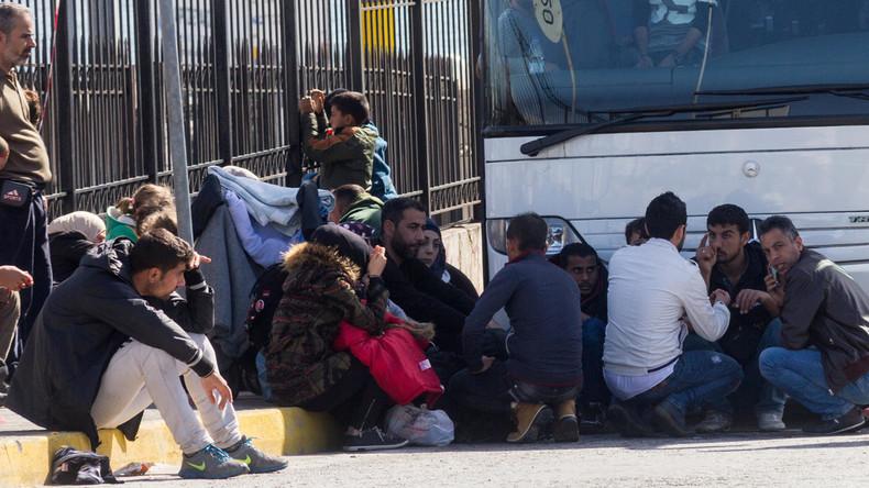 Mehr als 100.000 Binnenflüchtlinge in Afghanistan seit Jahresbeginn