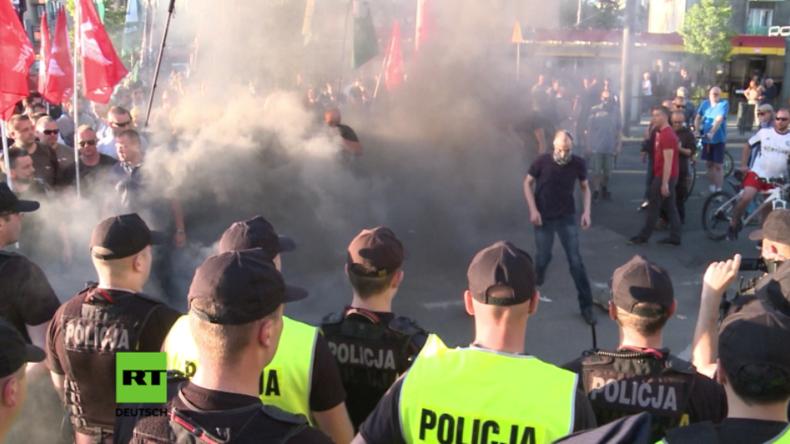 Oralverkehr mit dem Papst - Theaterstück in Warschau sorgt für Ausschreitungen und Proteste
