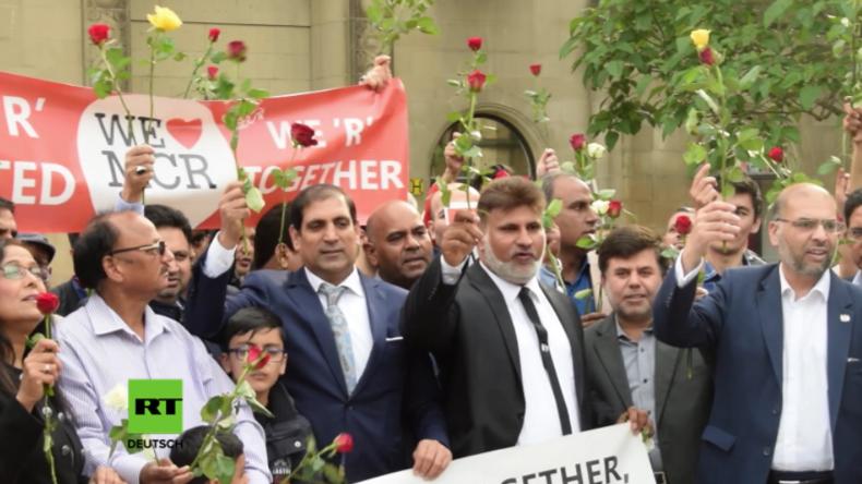 Manchester: Muslime starten interreligiöse Friedensmärsche - Anschlag hat nichts mit Religion zu tun