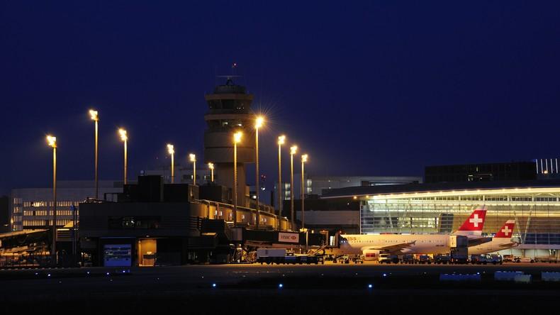 Zwei Brasilianer am Flughafen Zürich mit 4,5 Kilogramm Kokain gefasst