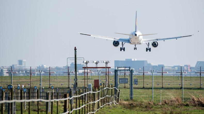 Deutsches Paar scherzt über Bombe - Alarm an norwegischem Flughafen