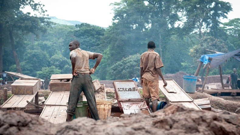Vier Arbeiter aus Goldmine im Kongo drei Monate nach Entführung frei