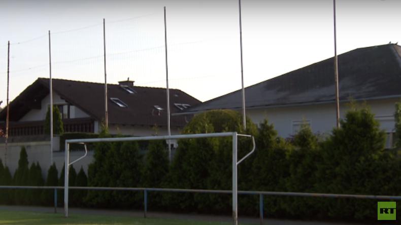 Bizarrer Nachbarschaftsstreit: 300 Euro Strafe pro im Kleingarten landenden Ball