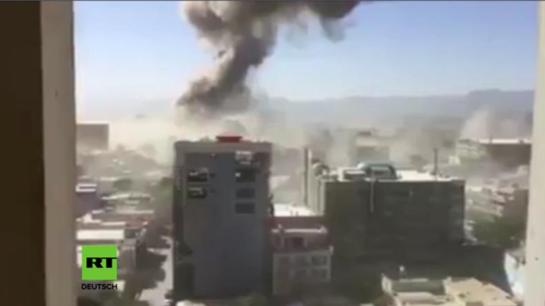 Videos aus Kabul: Auto-Bombe nahe Botschaftsviertel tötet 80 Menschen und verletzt Hunderte