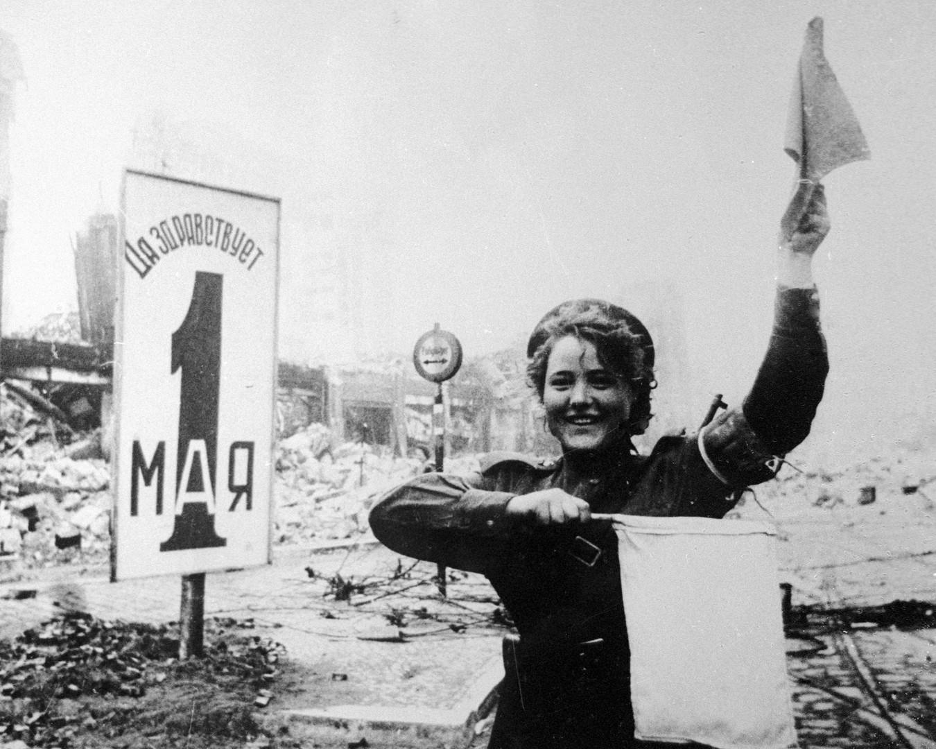 Auch nach dem Krieg beteiligten sich die Frauen an Regulierung, Organisation und Normalisierung des Lebens.