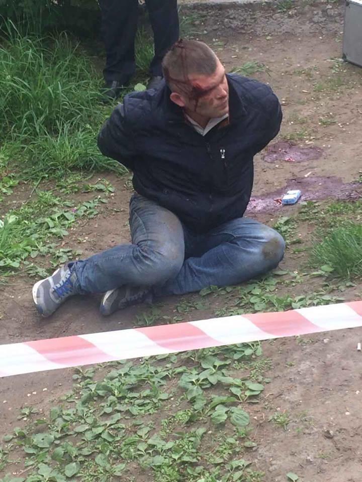 Kein Ruhm den Helden: Taxifahrer in der Ukraine angeschossen, weil er Nationalistengruß verweigerte