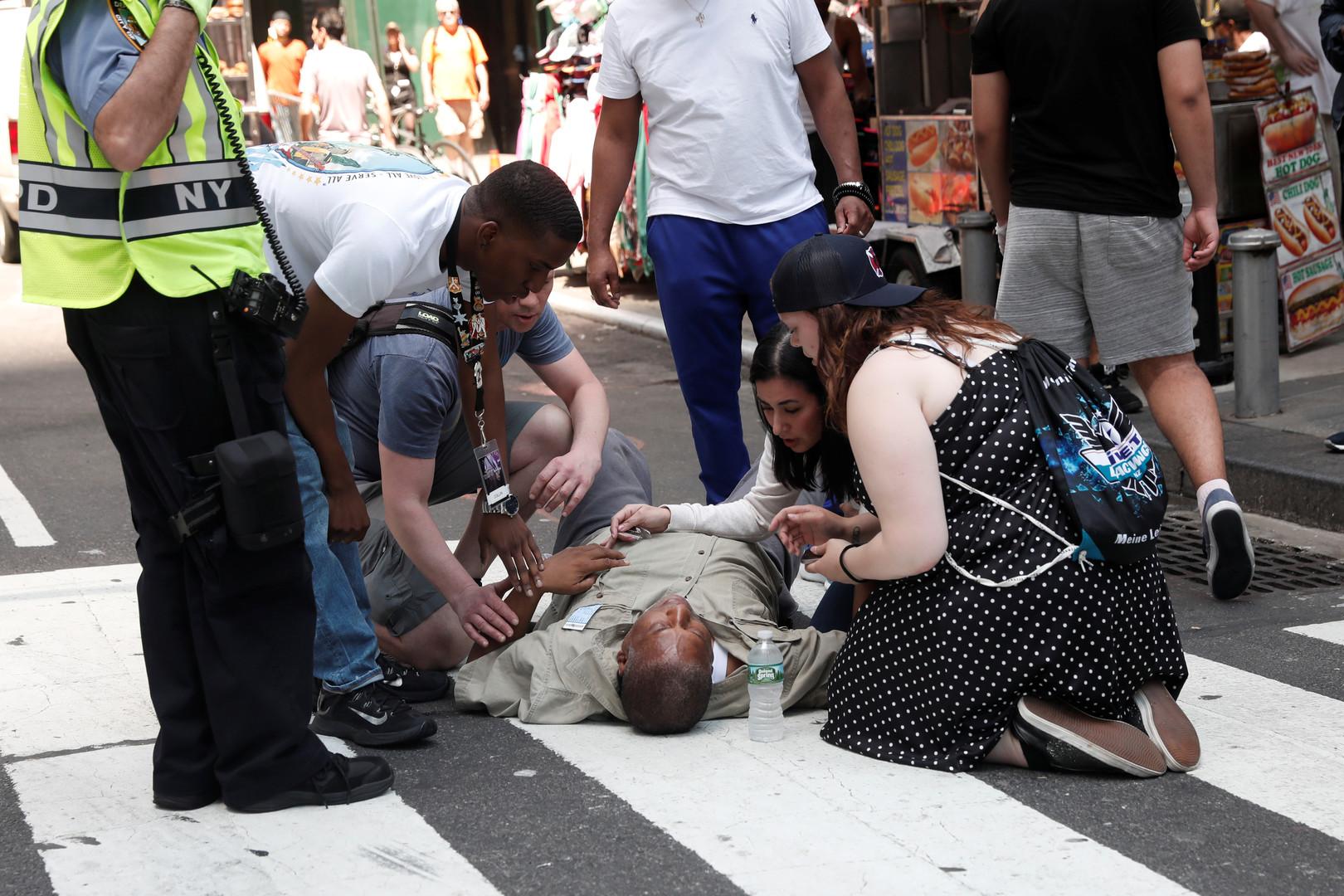 Bilder des Unglücksorts am Times Square