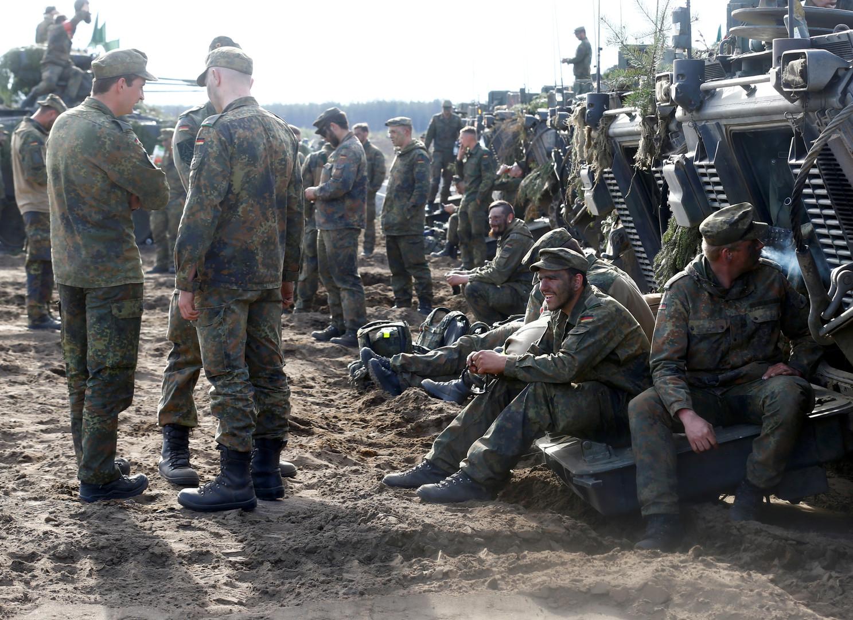 Wie Deutschland in aller Stille eine EU-Armee unter seiner Befehlshoheit aufbaut