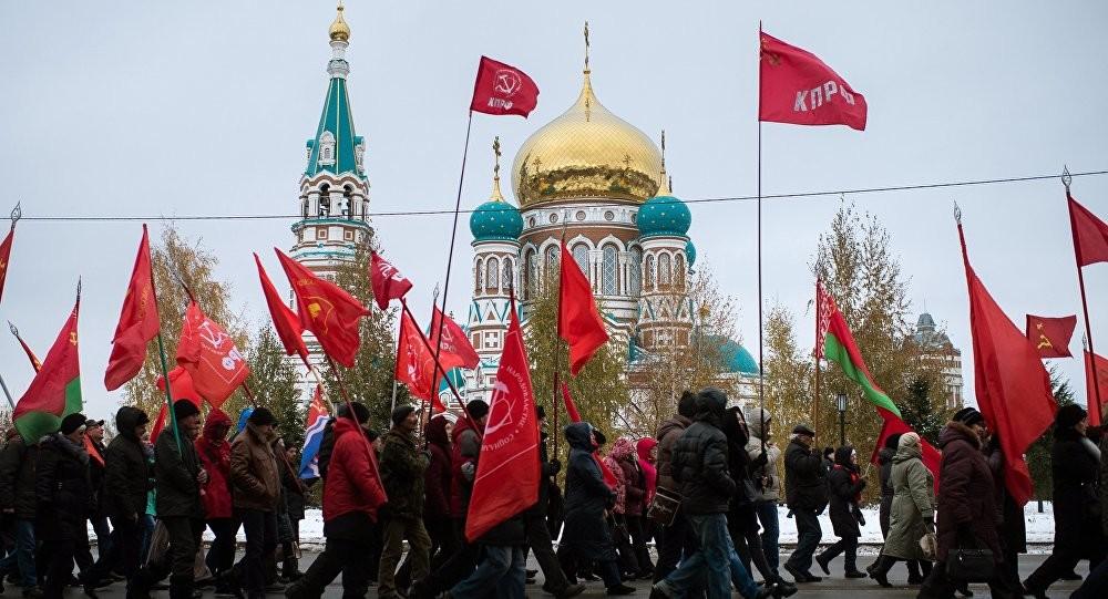 Kommunisten in Russland: Akzeptanz gestiegen, Wahlerfolge bleiben aus