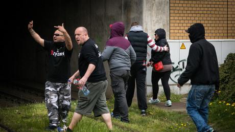 Teilnehmer einer blockierten neofaschistischen Demonstration in Halle am 1. Mai dieses Jahres.