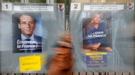 Die französischen Präsidentschaftskandidaten Marine Le Pen (R) und Emmanuel Macron.